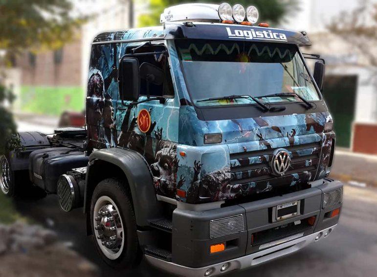 Ploteo completo impreso para camión sin acoplado