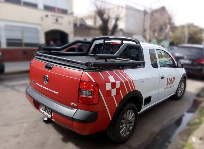Ploteo completo con vinilo de corte y reflectivo para camioneta chica construcciones